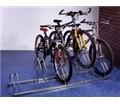 Stojan so striedavou konštrukciou na 5 bicyklov